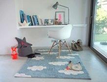 escritorios con alfombras
