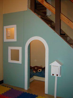 casita en la escalera